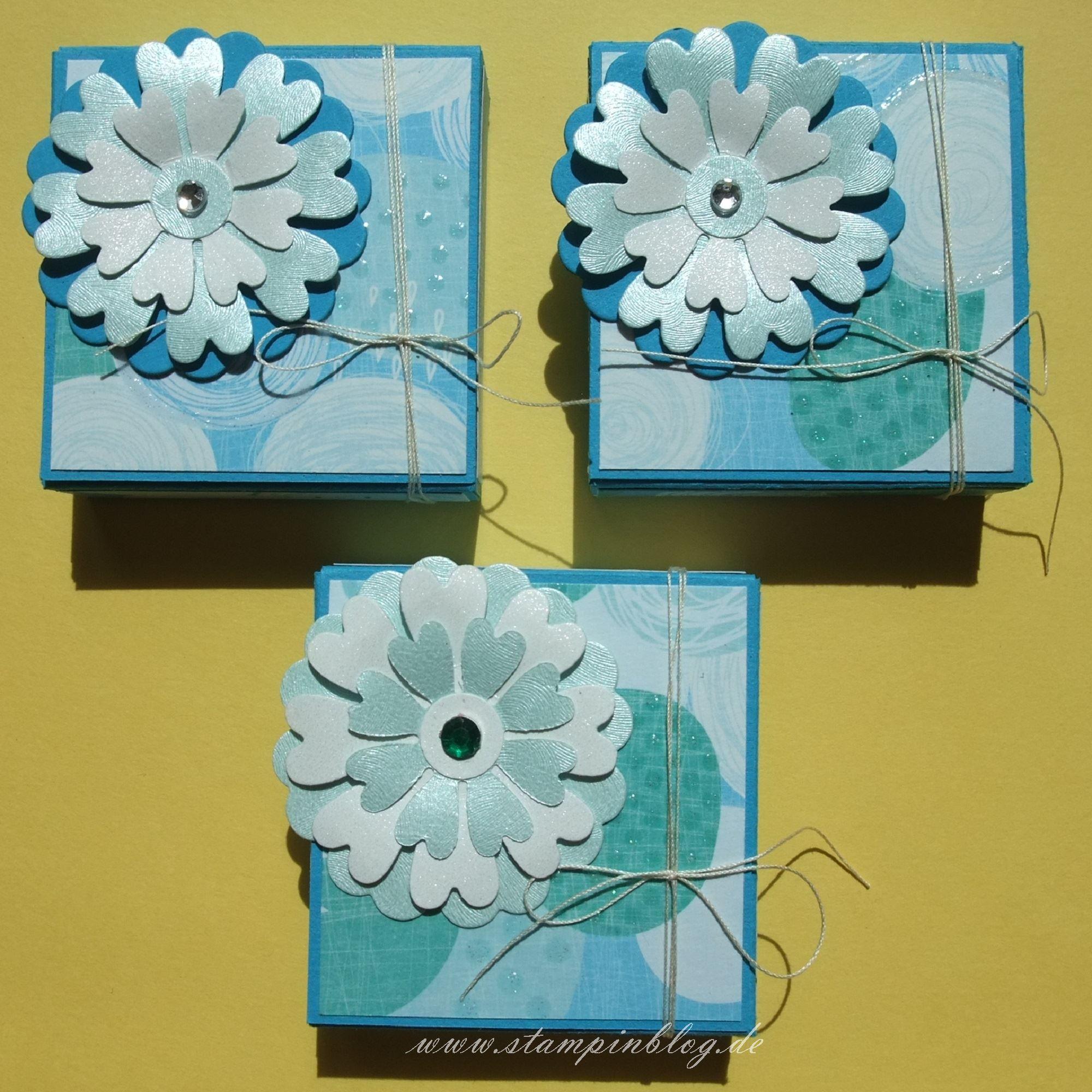 Verpackung-Rittersport-Blume-blau-1