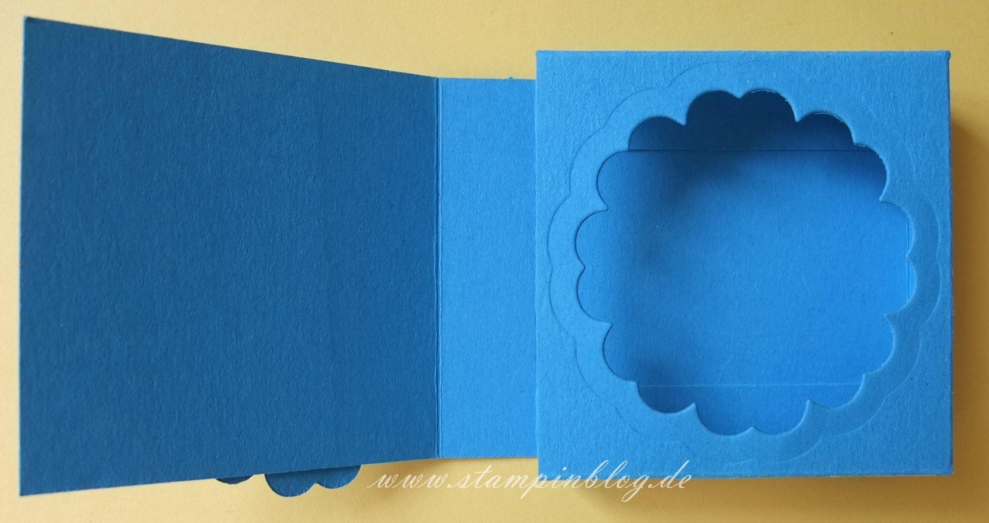 Verpackung-Rittersport-Blume-blau-4