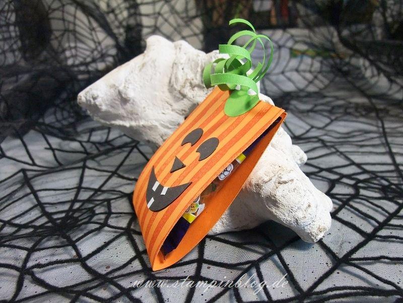 Halloween-Verpackung-Goddies-Kürbis-Kürbisgelb-Brushstrokes-Stampinblog-Stampin