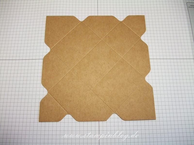 Anleitung-Osterkörbchen-Verpackung-Goodie-Ostern-Stanz-Falzbrett-Umschläge-8-Stampinblog-Stampin