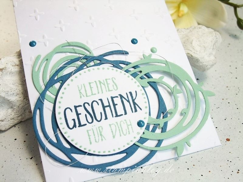 Einladung-Gutschein-Geburtstag-verwickelt-Swirls-minzmakrone-jeansblau-Stampinblog-Stampin