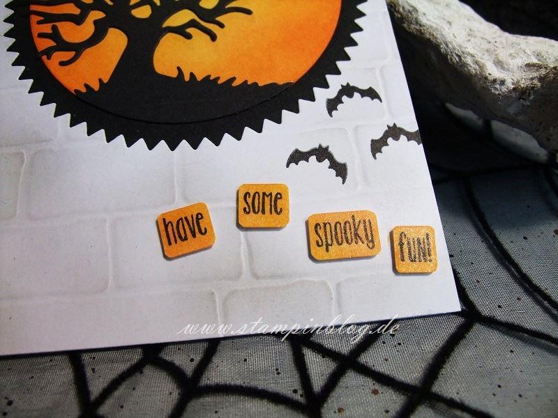 Halloween-Einladung-Gruss-Spooky-Fun-Fledermaus-Glitzer-Pinselstift-Stampinblog-Stampin
