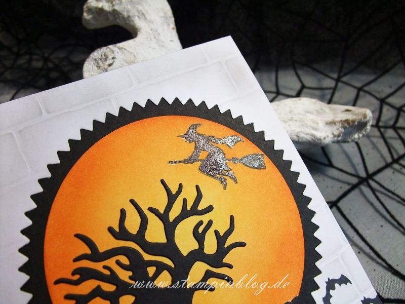 Halloween-Einladung-Gruss-Spooky-Fun-Hexe-Glitzer-Pinselstift-Wink-Stella-Stampinblog-Stampin
