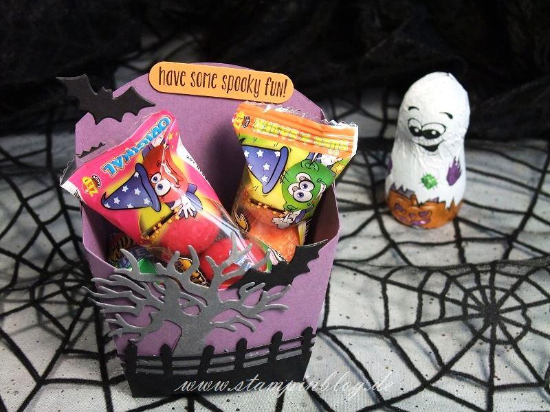 Halloween-Goodie-Pommes-Schachtel-Fledermaus-Geist-lila-Stampinblog-Stampin