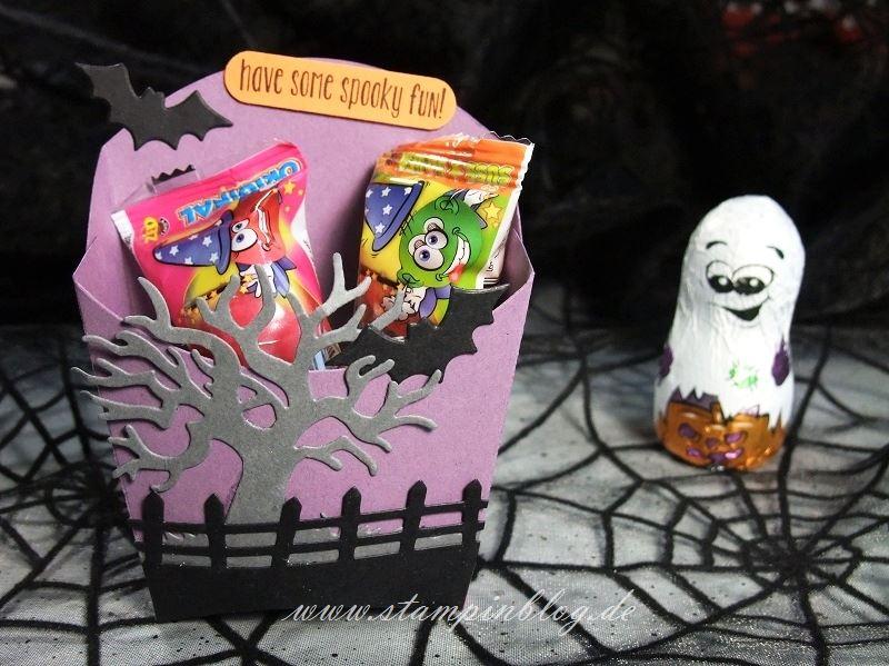 Halloween-Goodie-Pommes-Schachtel-Fledermaus-lila-Stampinblog-Stampin