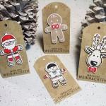 Ausgestochen weihnachtliche Geschenkanhänger