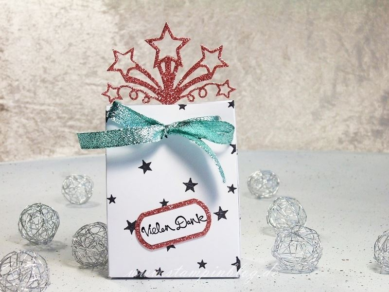 Verpackung-Geschenktüte-Tüte-Sterne-Geburtstagsfeuerwerk-Sternenfeuer-Glitzer-Stampinblog-Stampin