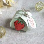 Süße Erdbeeren in der Mini-Zierschachtel